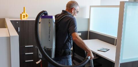 commercial cleaning services in an office